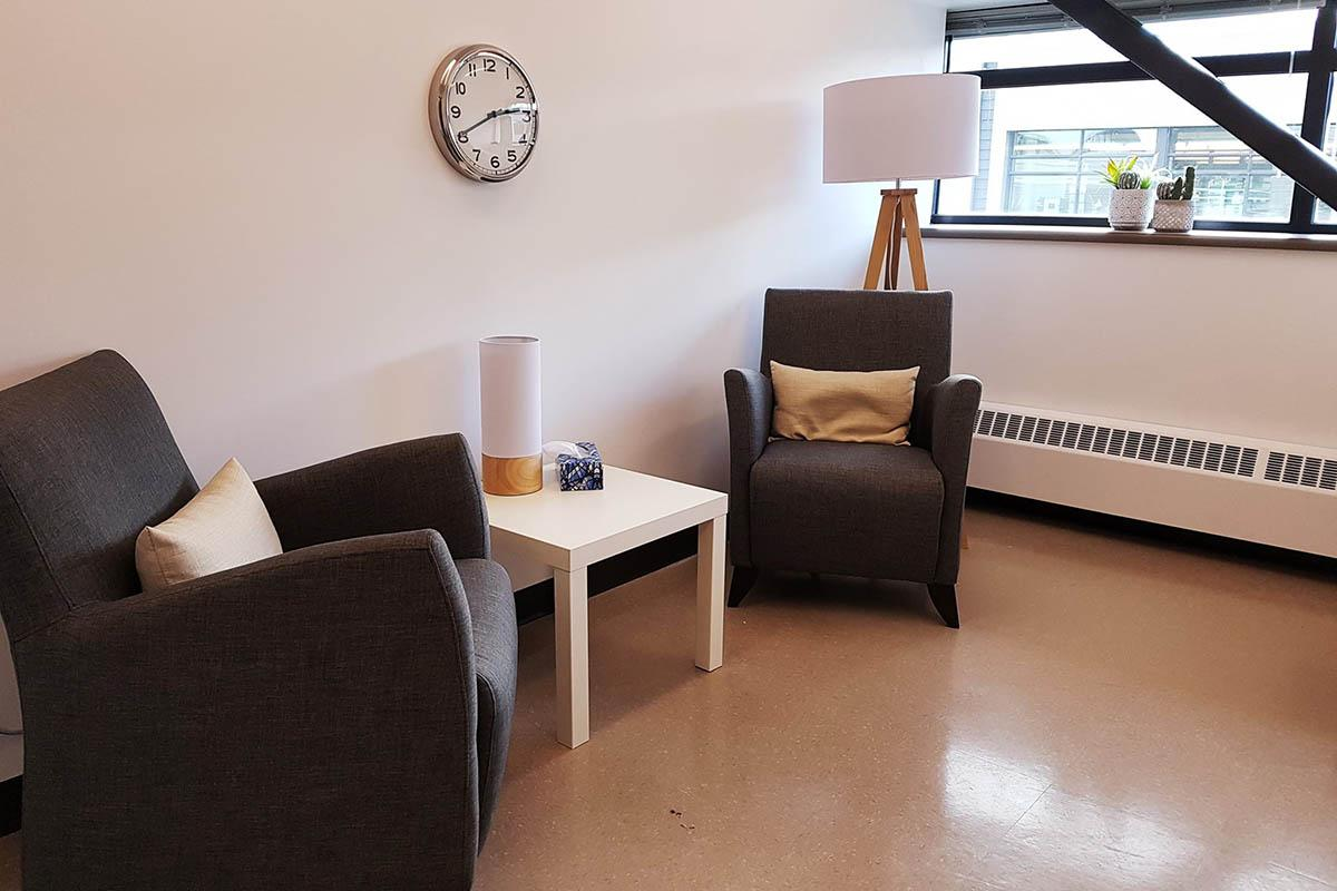Consultation room of the Centre d'expertise Poids, Image et Alimentation